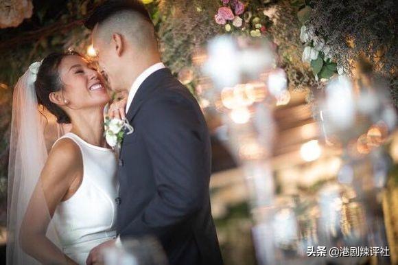 36岁梁靖琪甜蜜再婚,仪式从简不复风光,幸得古天乐欧阳震华撑场