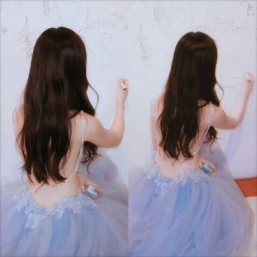 刘亦菲的背怎么了?刘亦菲的背组图曝光令人惊艳:仙女连后背都很仙