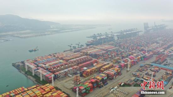 海关总署进出口环节需要监管的证件已减少到46种