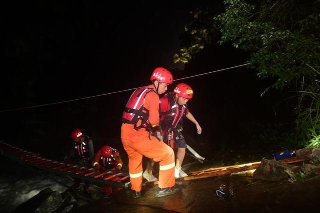 周锦勇,快归队!温州一名消防员在救援中落水失联