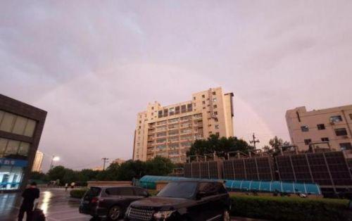 北京彩虹照片暴光太美了!北京彩虹怎样组成的网友都在晒图