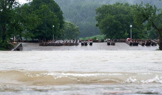 福建:强降雨持续 多地受影响