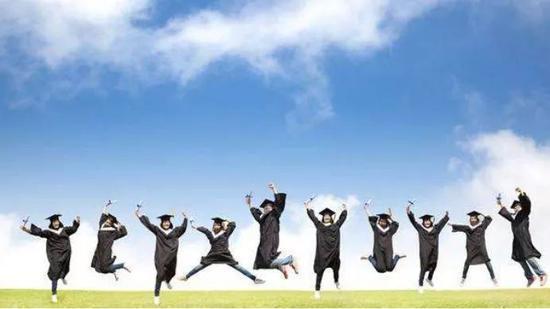 高考后临时决定出国:是春天还是歧路?
