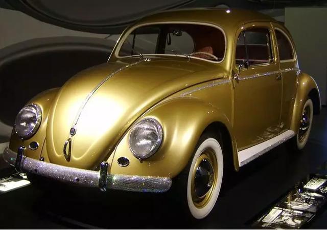 甲壳虫汽车正式停产,82年经典落幕!网友感伤:还没攒够钱就买不到了