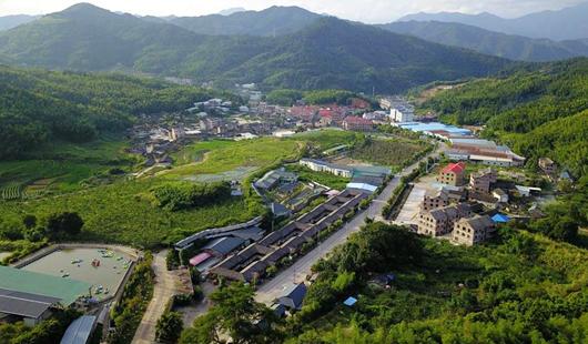 福建龙岩:贫困村变为美丽乡村