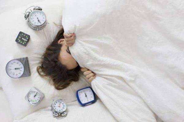"""睡眠也有了""""新国标""""你每天的睡眠达标了吗?"""