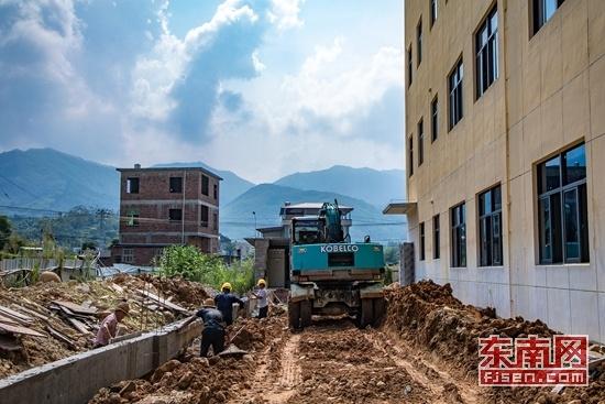 长泰枋洋村幼儿园9月投用 新增学位1560个