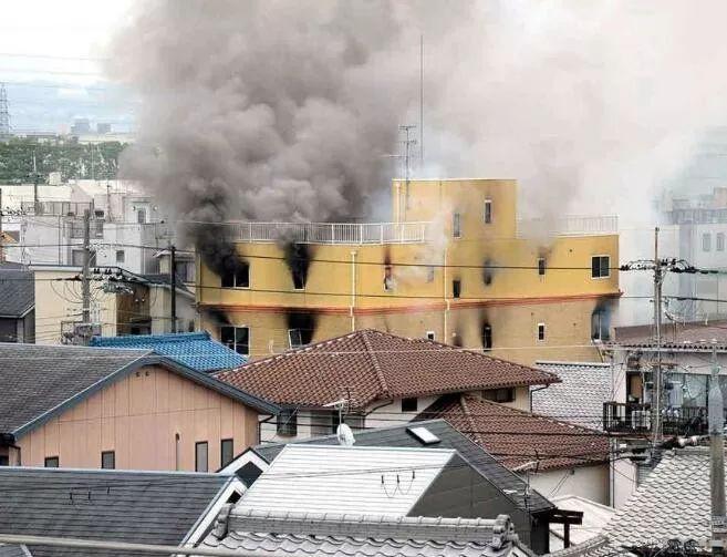 日本京都动画工作室发生爆炸现场图 日本京都动画工作室爆炸原因