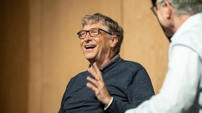 比尔盖茨看好人工智能,但不理解谷歌重金押注无人驾驶