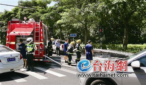漳州市区一共享电动车自燃 明火扑灭又多次复燃