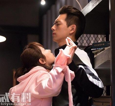 亲爱的热爱的佟年妈妈讨厌韩商言原因 为什么不让韩商言和女儿交往