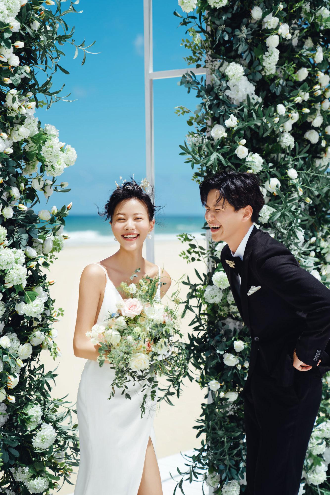 超丰富的甜蜜婚礼时间表 新人你怎么可能引起空�g震�颖富楸乇�