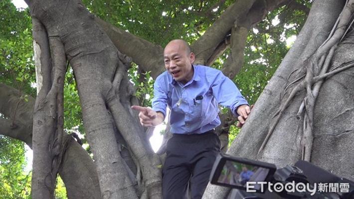 韩国瑜爬树查登革热引讨论 柯文哲:有些事不要做嘛