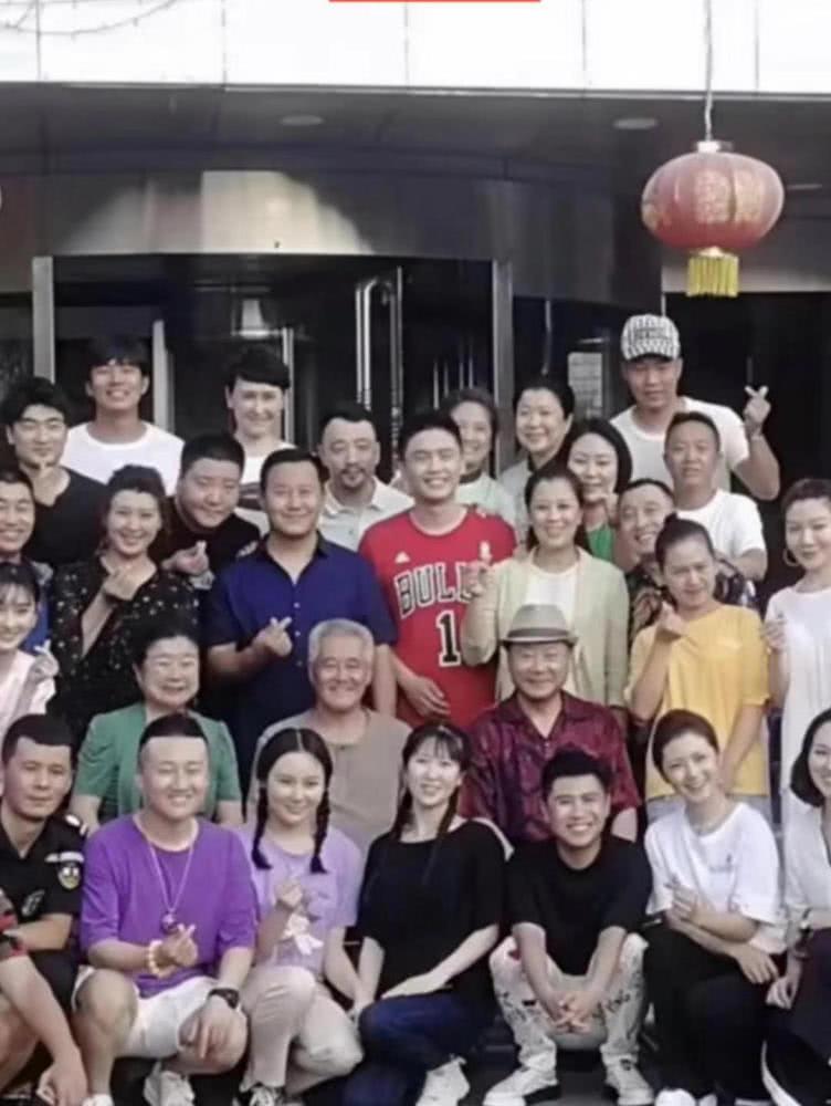 范伟正式进组刘老根 与赵本山时隔十年后再同框