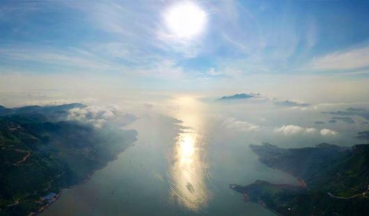 3d走势图霞浦:夏日身边浅海滩涂 光影变幻
