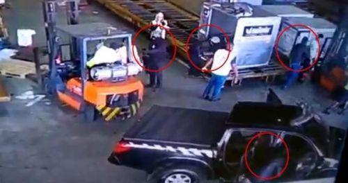 巴西机场被劫怎么回事 750公斤黄金�e人在乎被抢走