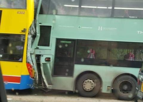 香港两巴士相撞详细新闻报道?香港两巴士相撞事故原因最新消息