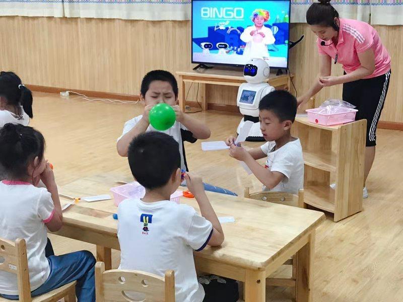 """中国幼教行业发展迅速 如何做到""""因材施教"""""""