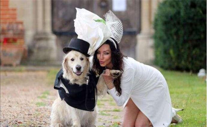 超模相亲200次却选择嫁给狗 超模为什么嫁给狗真相令人震惊