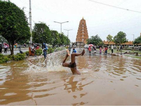 印度暴雨致多死怎么回事 印度暴雨致多死 致死人数升至132人