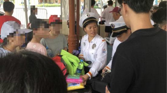 人民网四问上海迪士尼说了什么?人民网为什么四问上海迪士尼