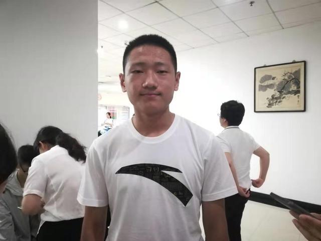 清华最小本科新生鹿泽宇 不满15周岁