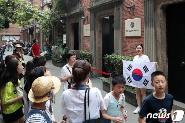 韩国人扎堆到上海做什么 韩国人纷纷抵制赴日旅游