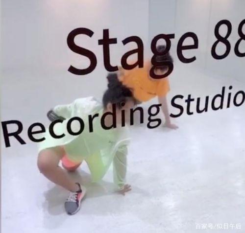 李湘女儿学舞视频 李湘在王诗龄身上到底投资了多少东西?