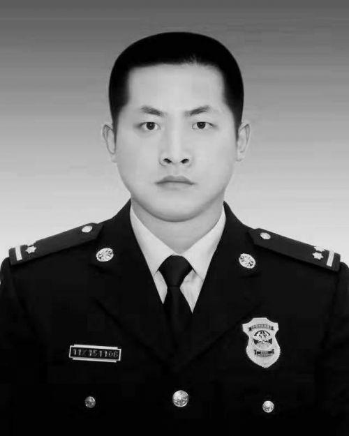 消防员吕挺被批准为烈士详细情况 消防员吕挺生前事迹曝光为何牺牲