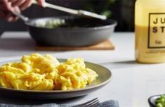 美国开售人造鸡蛋怎么回事 人造鸡蛋可以吃吗有危害吗