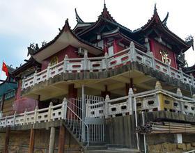 """福州乌龙江:水中""""小金山""""——金山寺"""