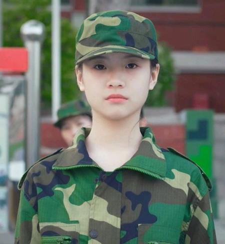 李庚希粉丝名叫什么 李庚希粉丝口号是什么