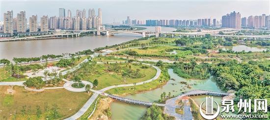 江畔綠意更足 生態底色浮現 晉江南岸生態公園示范段綠化景觀基本完成