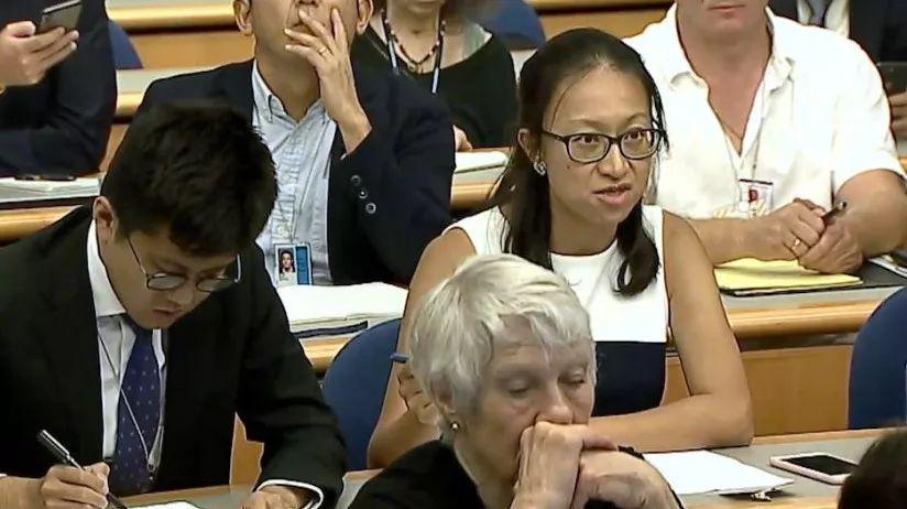 """中国记者质问美对台军售 美发言人回答真""""尬"""""""