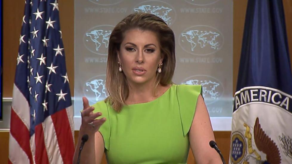 """中国记者质问美对台军售 美国务院发言人反应很""""尬"""""""