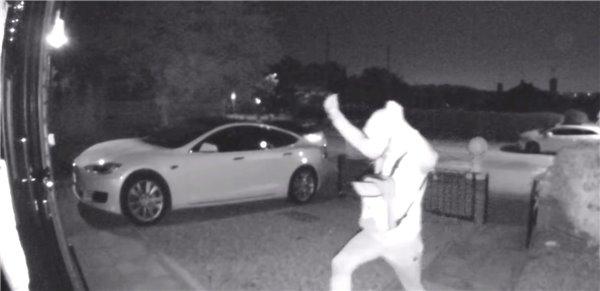 30秒偷走特斯拉怎么回事 小偷是如何偷走特斯拉的