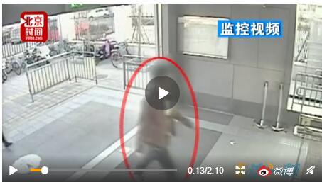 地铁站猝死家属索赔150万怎么回事?男子为什么猝死索赔合理吗