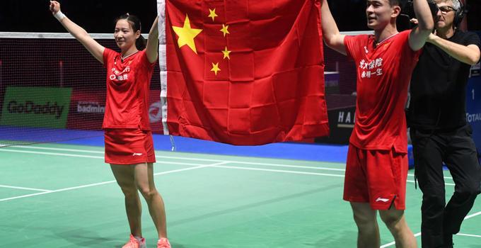 黄雅琼郑思维冠军什么情况 2比0击败泰国斩获本届大赛唯一金牌