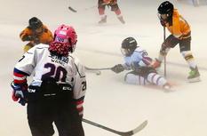"""首届""""海峡杯""""青少年冰球赛在福州落下帷幕"""