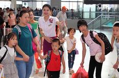 """福州火车站:让学生""""暑""""来""""暑""""去顺利坐车"""