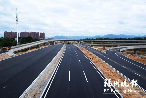 福州:橘园洲大桥西桥头互通段今日试通车