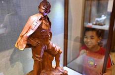 闽艺匠心雕刻艺术作品展在福州举行