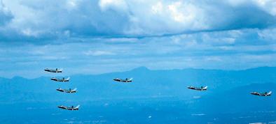 空军发布励志宣传片 歼20战机7机同框亮相照片一览