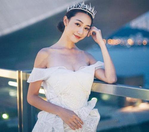 2019港姐冠军黄嘉雯家庭背景个人资料三围 黄嘉雯隆胸了吗