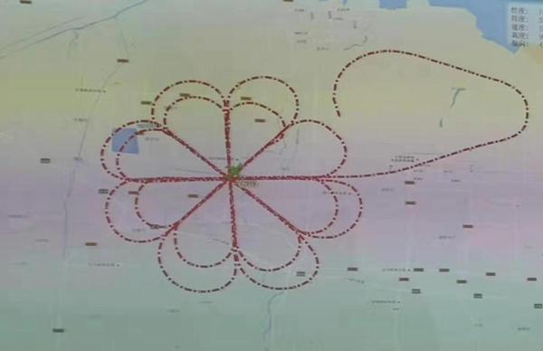 """C919在天空中画了一个""""月饼"""" 网友:真香!"""