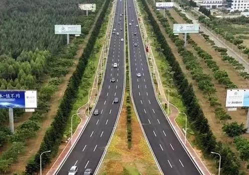 又美了!福州机场高速两侧景观再升级!