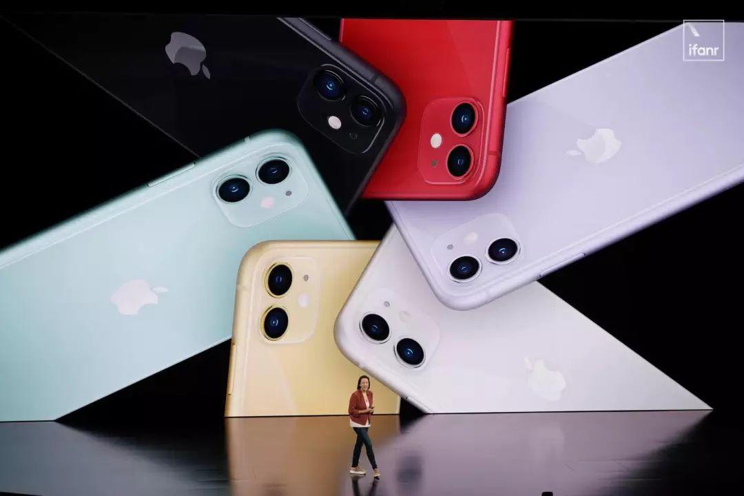 iPhone11变六色三摄浴霸引吐槽 苹果起售价格预约方式 苹果发布会新品内容最全汇总(5)