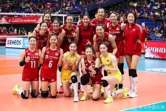 中国女排vs韩国女排3比0完胜 郎平这六个字火了