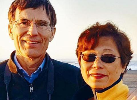 华人教授遭美联航赶下飞机怎么回事?华人教授为什么被赶下飞机详细经过