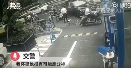 交警分析骑手撞劳斯莱斯责任方是谁?外卖骑手撞上劳斯莱斯始末回顾